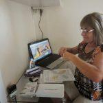 Empresa procura pessoas para trabalhar em mídias sociais – Remuneração R$ 2.500,00.